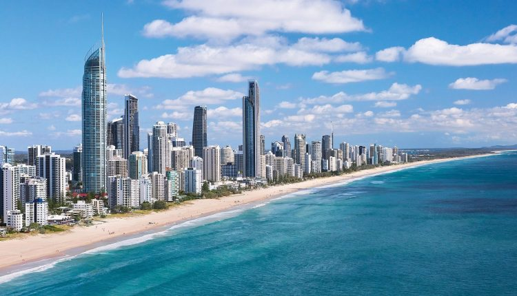 Essential Guide To Surfers Paradise Places Stay Maps